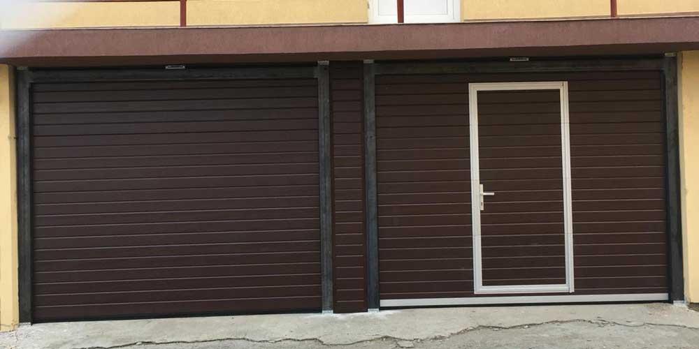 usa de garaj sectionala rezidentiala cu usa de acces